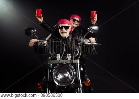 Photo Of Two Cool Old Bikers White Hair Man Lady Couple Drive Vintage Chopper Travel Festival Hold P