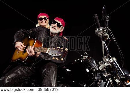 Photo Of Aged Bikers Man Lady Couple Sit Chopper Moto Rock Bike Festival Meeting Play Sing Guitar Re