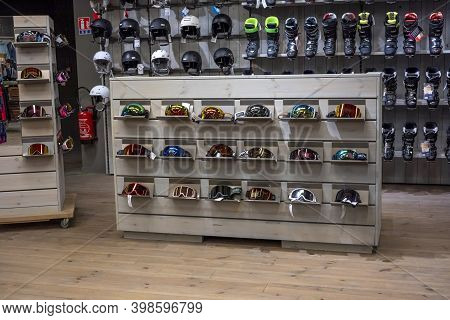Villeneuve Loubet, France 01.12.2020 Sport Equipment Background. Colored Snowboard Masks In A Rows O