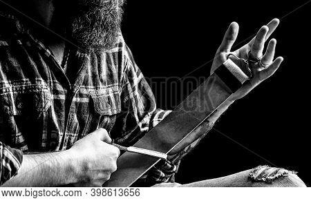 Straight Razor. Vintage Tools For Barbers, Razor, Sharpen The Blade In Leather Brush, Razor Blades