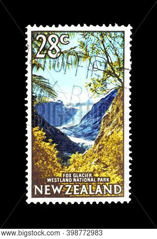 New Zealand - Circa 1968 : Cancelled Postage Stamp Printed By New Zealand, That Shows Fox Glacier, C