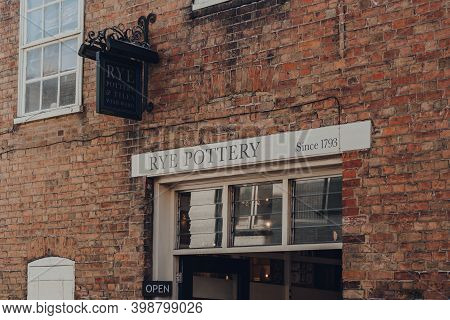 Rye, Uk - October 10, 2020: Sign By The Entrance Of 18th Century Rye Pottery, A Family Business In R