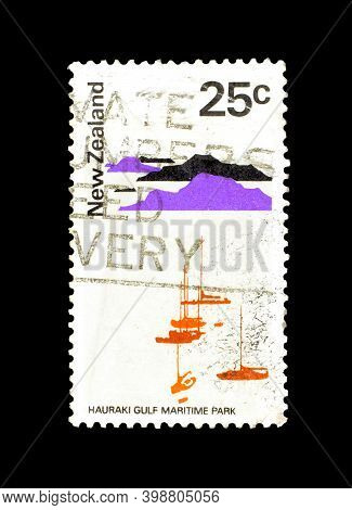 New Zealand - Circa 1970 : Cancelled Postage Stamp Printed By New Zealand, That Shows Hauraki Gulf M