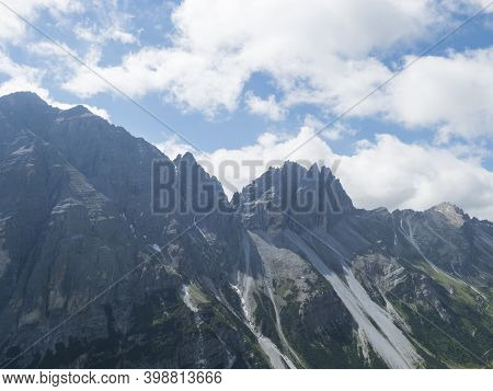 View On Limestone Moutain Peaks, Alpine Landscape Of Stubai Tirol Alps, Austria. Summer Blue Sky, Wh