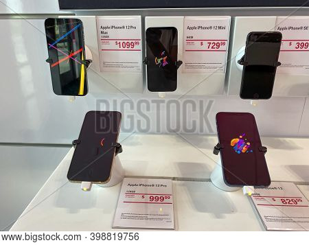 Orlando, Fl Usa - November 13, 2020: The New Apple Iphone 12 Pro, Mini And Pro Max On Display At The