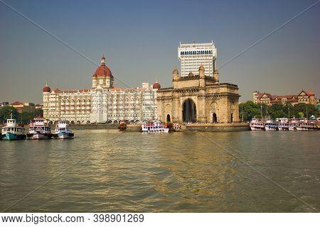 Mumbai, India - October 23, 2018: Wide Angle Shot Of Gateway Of India And Taj Hotel By The Sea Coast