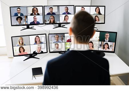 Elearning Training Presentation Using Videoconference With Virtual Audience