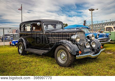 Daytona Beach, Fl/usa - November 27, 2020: 1934 Dodge Deluxe Six  At A Local Car Show.