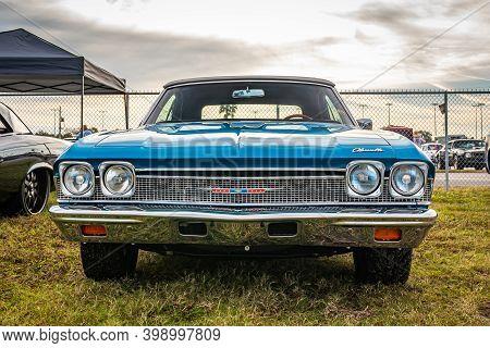 Daytona Beach, Fl/usa - November 27, 2020: 1968 Chevrolet Chevelle Malibu  At A Local Car Show.