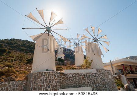 Tradition Windmills