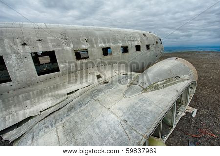Wreck of a US military plane crashed in the middle of the nowhere. The plane ran out of fuel and crashed in a desert not far from Vik, South Iceland in 1973. The crew survived. poster