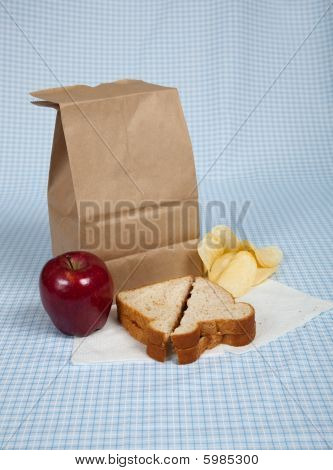 Students Sack Lunch