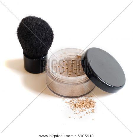 Mineral makeup and kabuki brush