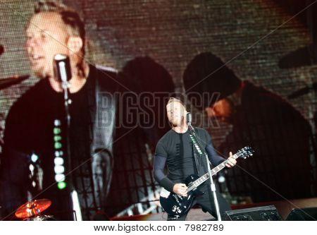 Frontmann der US-amerikanische Metal-Band metallica