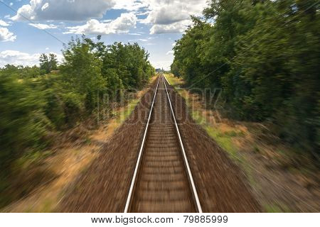 Fast traveling on train