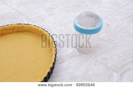 Pastry-lined Tin And Flour Drifter