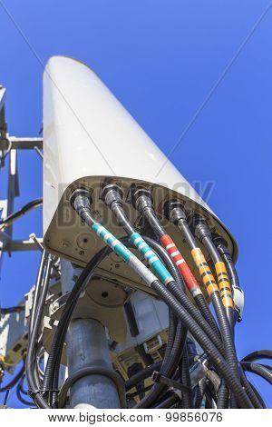 transceiver antenna telecommunications