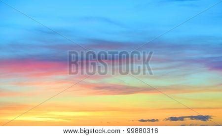 Gradual Sunset Sky