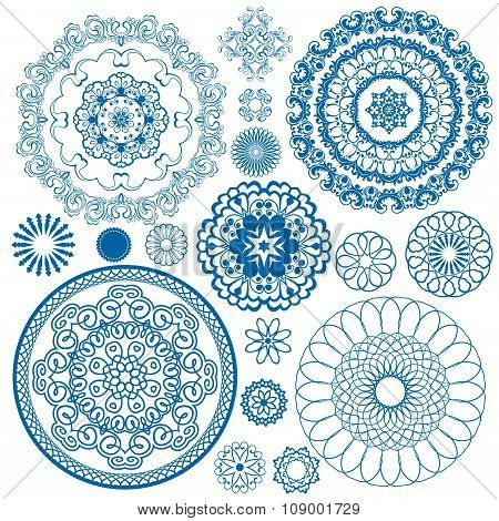 Set Of Blue Floral Circle Patterns. Background In The Style Of Chinese Painting On Porcelain. Orname