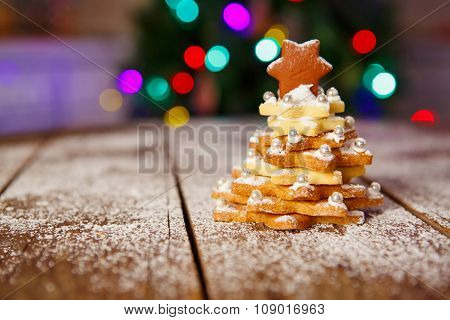 Christmas gingerbread cookie tree as a gift