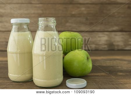 Apple Smoothies