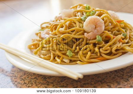 Chinese Shrimp Lo Mein