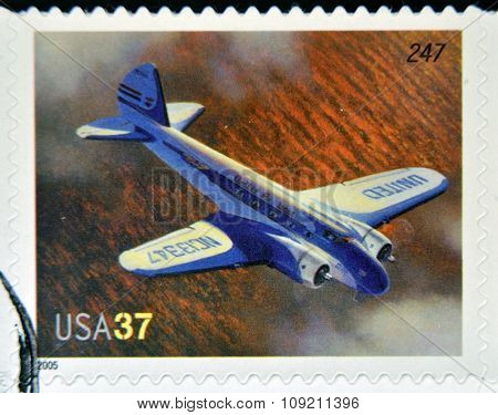 A stamp printed in USA dedicated to advances in aviation shows Boeing 247