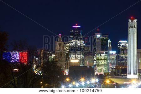 Kansas City Skyline With Liberty Memorial