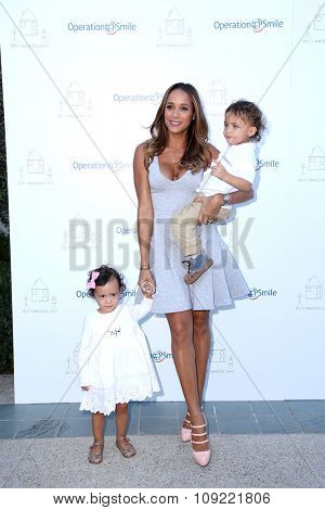 LOS ANGELES - NOV 21:  Dania Ramirez at the Petit Maison Chic and Operation Smile Fashion Show at the Private Location on November 21, 2015 in Beverly Hills, CA