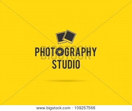 Vintage Photography Badges, Labels. Monochrome design with stylish old cameras and elements. Retro s