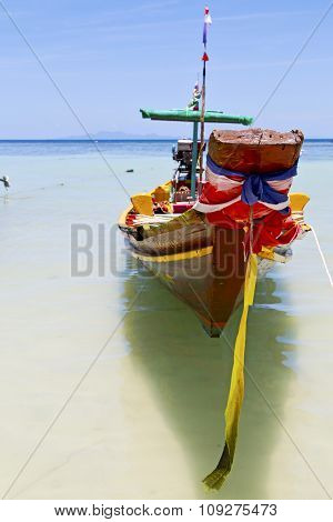Prow Thailand  In  Kho   And South China Sea