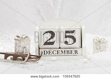 Christmas Day Date On Calendar. December 25. Decorations