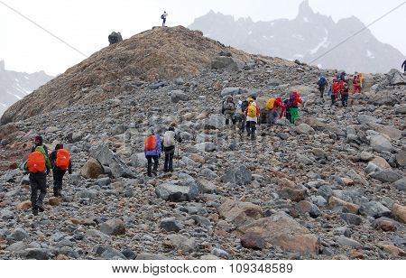 Climbers on the Fitz Roy mountain