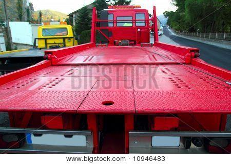 Remolque coche carro rojo trasero vista perspectiva plataforma