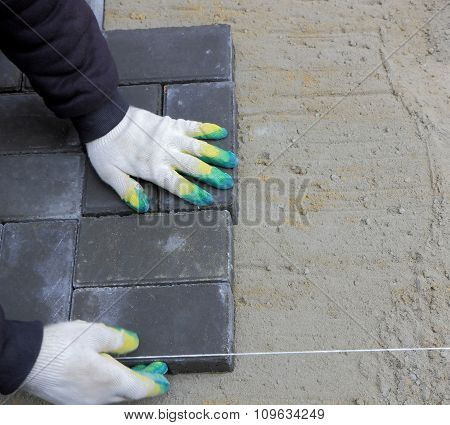 Installing Paving Slabs