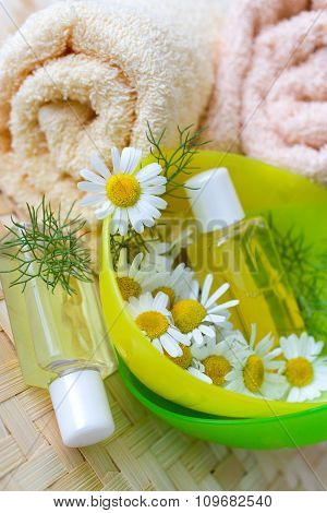 Bath - Aromatherapy - Herbal Healing Lotion - Camomile