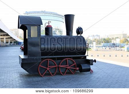 Model Of The Old Locomotive On The Streets Of Moscow