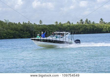 Modern Boating In Brazil