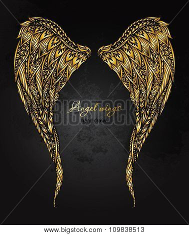 Vetor Hand Drawn Ornate Golden Angel Wings In Zentangle Style