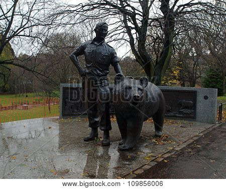 Polish soldier and bear Wojtek.