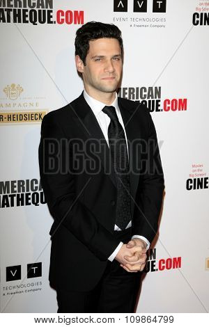 LOS ANGELES - DEC 12:  Justin Bartha at the 27th American Cinematheque Award at the Beverly Hilton Hotel on December 12, 2013 in Beverly Hills, CA