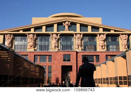 LOS ANGELES -OCT 18: Seven Dwarfs holding up Administrative Building at the