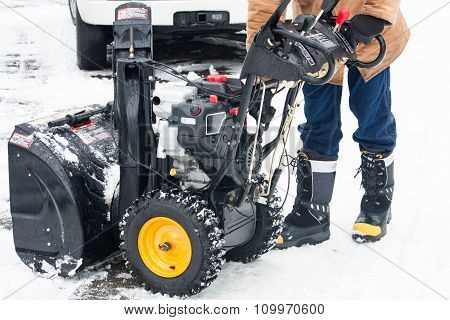 Starting Up The Snow Blower