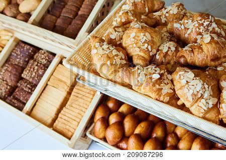 variety of baked goods, bakery, photo icon for basic food, freshness and variety of goods.