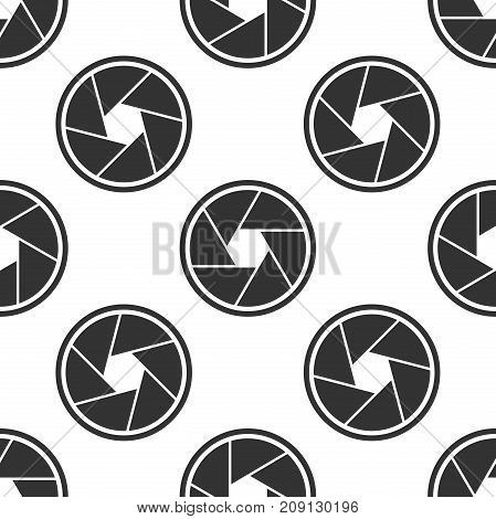 Camera shutter icon seamless pattern on white background. Flat design. Vector Illustration