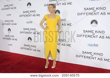 LOS ANGELES - OCT 12:  Renee Zellweger at the