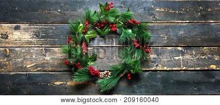 Holiday Banner Green Christmas Decorative Wreath