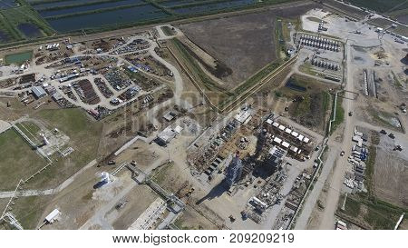 Oil Refinery Plant For Primary And Deep Oil Refining. Equipment