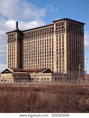 Old Union Railroad station closed in Detroit