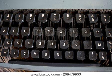 detail of a keyboard of an antique typewriter